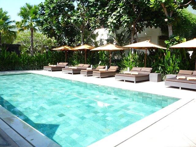einhorn luftmatratzen pool